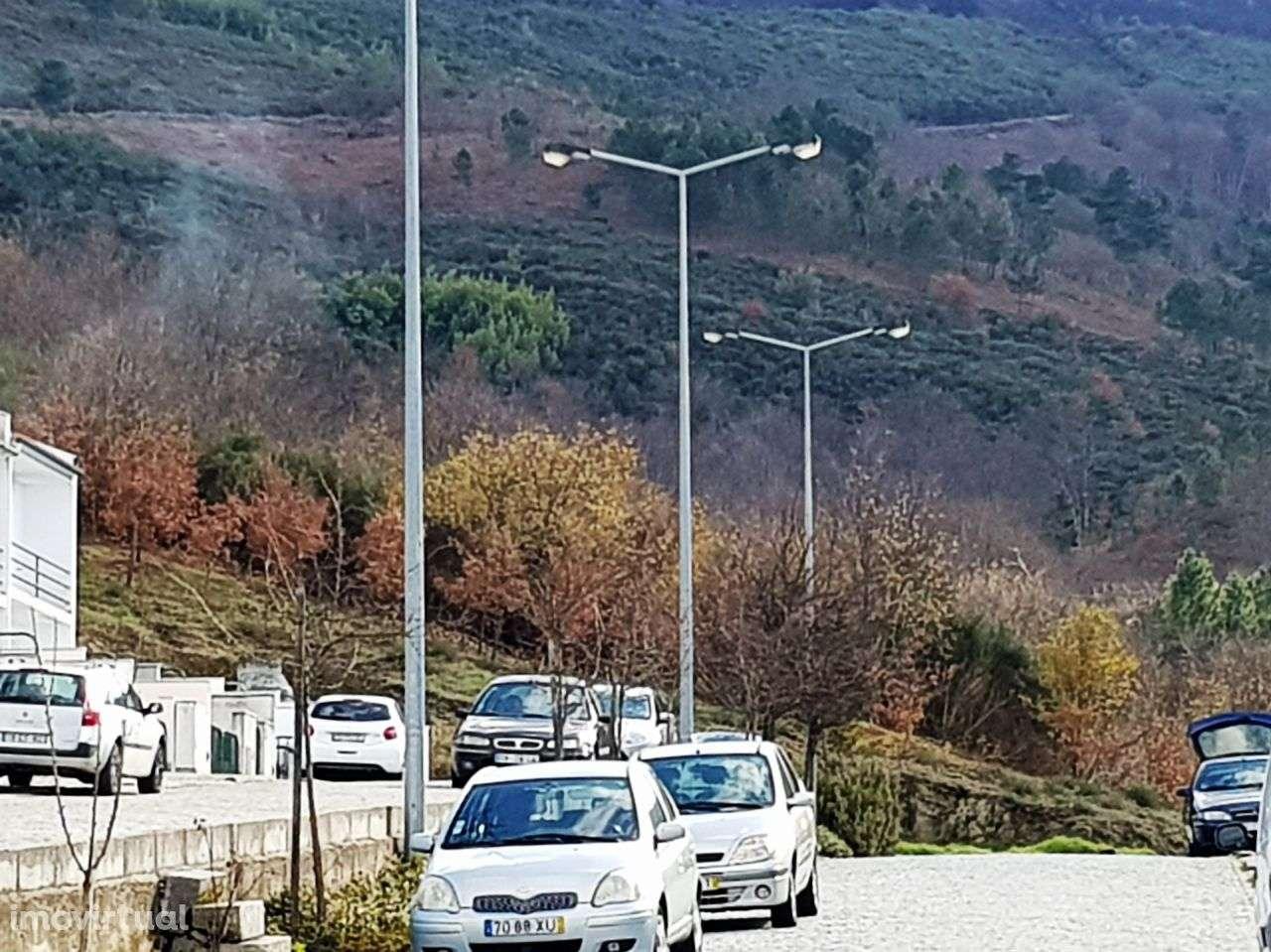 Terreno para comprar, Seia, São Romão e Lapa dos Dinheiros, Guarda - Foto 1