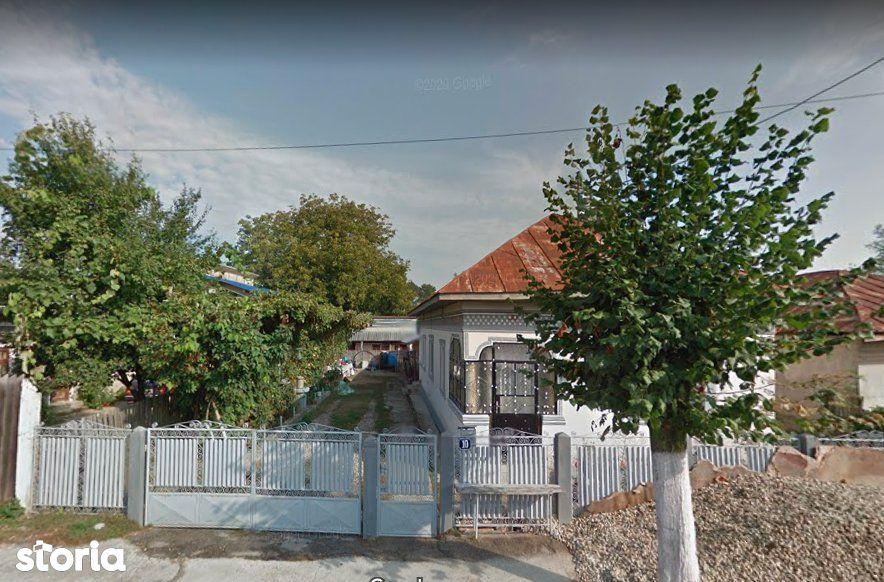 Casa - 74m² + Teren - 1.269m², Gaesti