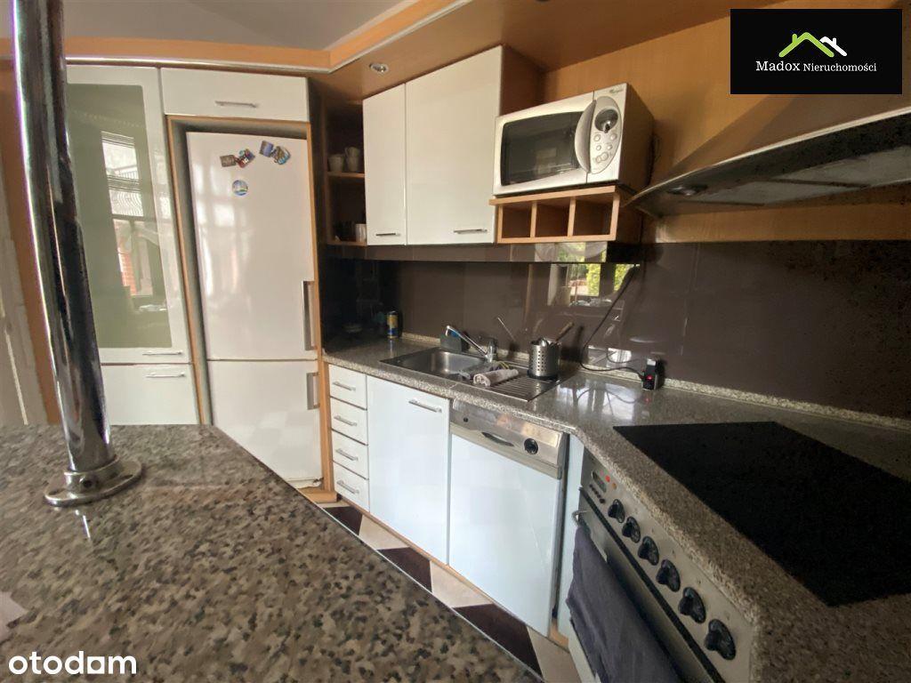 Dom, 150 m², Częstochowa