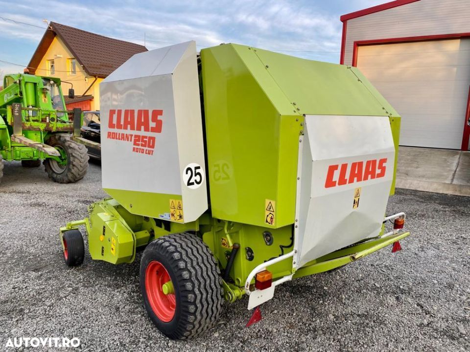 Claas Rollant 250 - 2