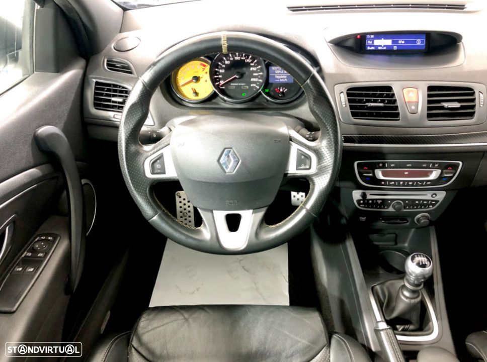 Renault Mégane Coupe 2.0 T 16V RS - 22