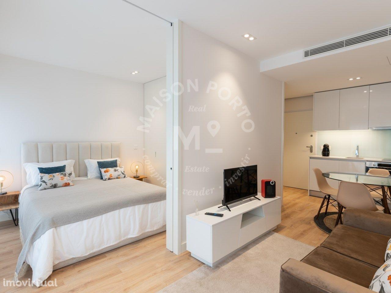 Apartamento T1 - City Studios em Condomínio Privado e Piscina