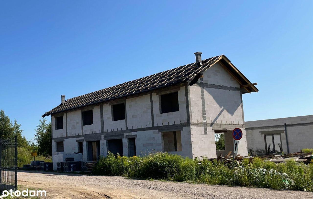 2 budynki 2-lokalowe przy szkole w Skrzeszewie