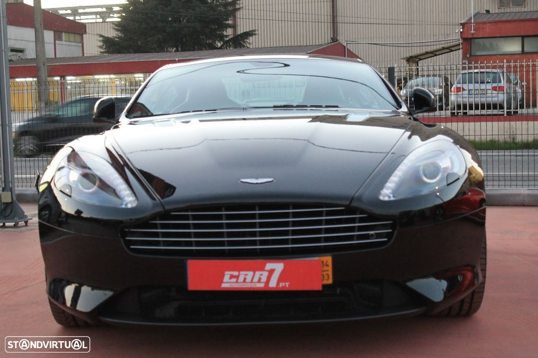 Aston Martin DB9 Coupe - 6