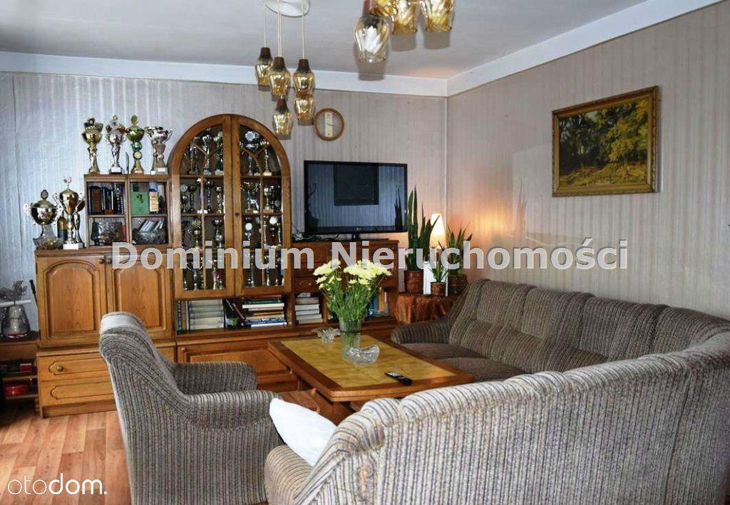 Dom, 300 m², Wrocław