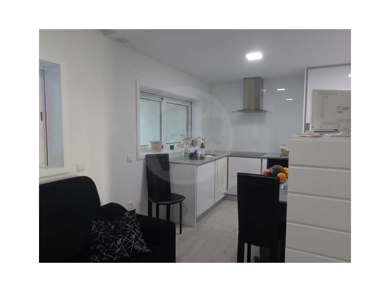 Apartamento para comprar, Rua Doutor Américo Silva, Azurara - Foto 5