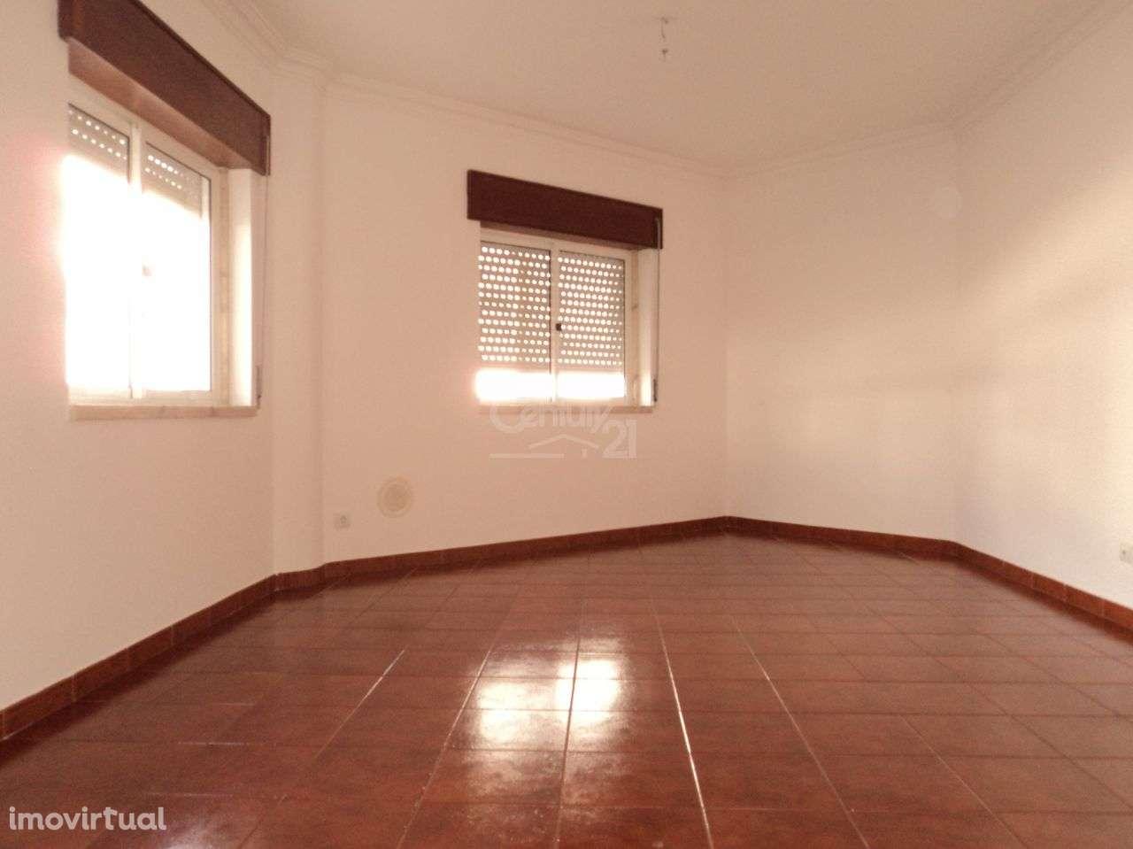 Apartamento para arrendar, Barcarena, Lisboa - Foto 3