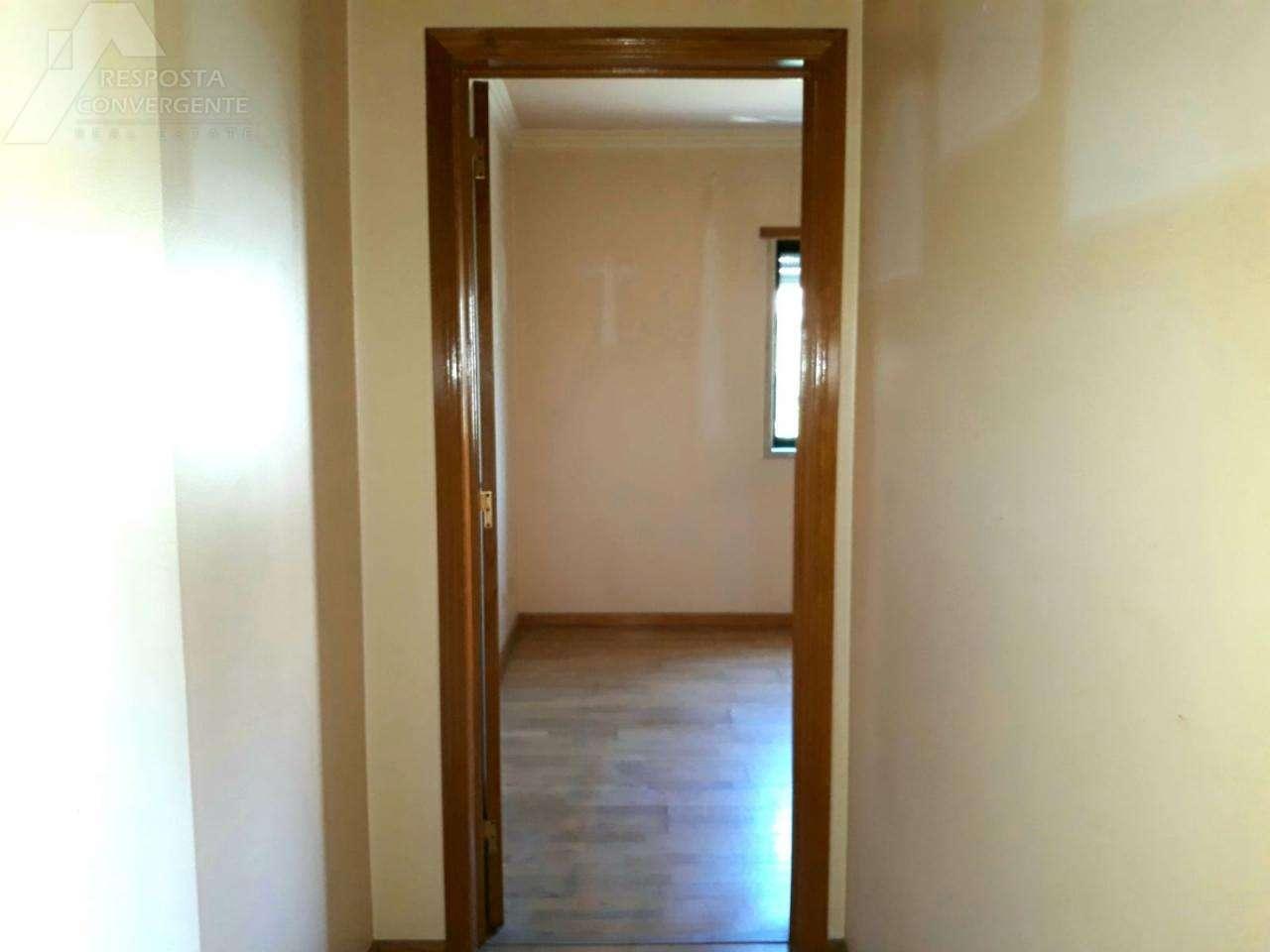 Apartamento para comprar, Carnaxide e Queijas, Lisboa - Foto 25