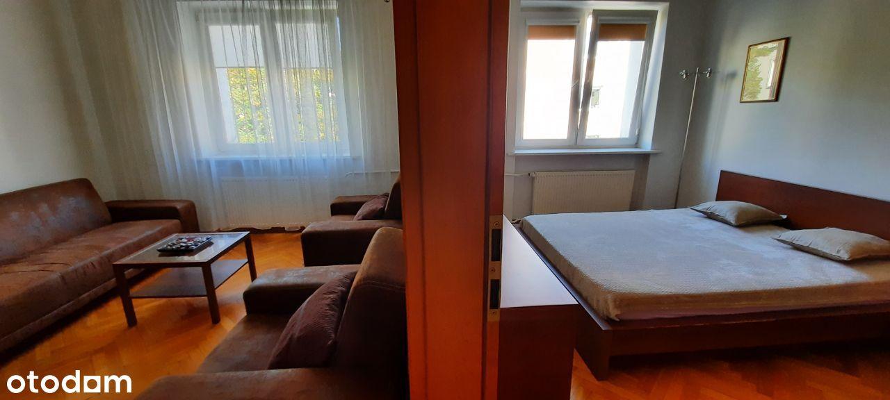 Nowy Świat 2 pokoje z widną kuchnią, cicho zielono