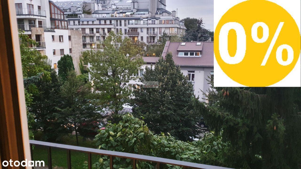 Metro Racławicka,Łowicka14,Balkon,widna kuchnia
