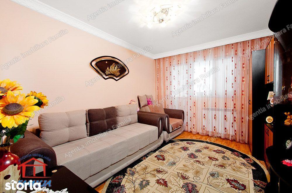 Vanzare apartament cu 2 camere in Galati, Zona IREG, etaj 4, sup. 55mp