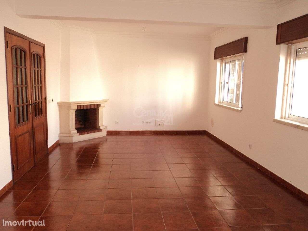 Apartamento para arrendar, Barcarena, Lisboa - Foto 1