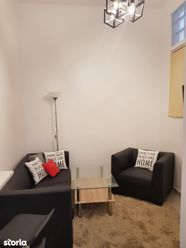 Apartament 2 camere+ living de inchiriat, zona Piata 1 Decembrie