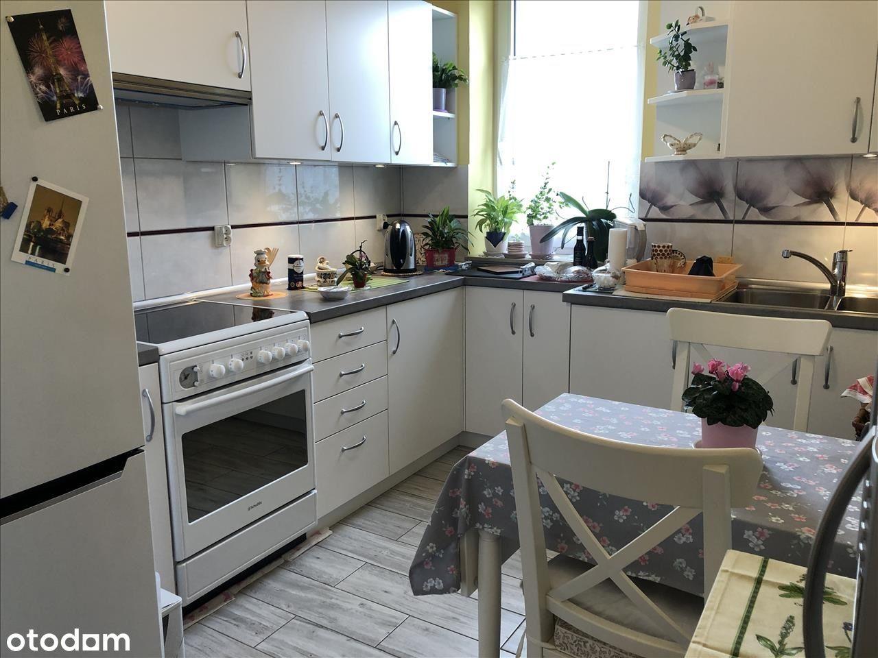 55m2| 2pok+kuchnia| balkon| 2xparking| 2011 -Olsza
