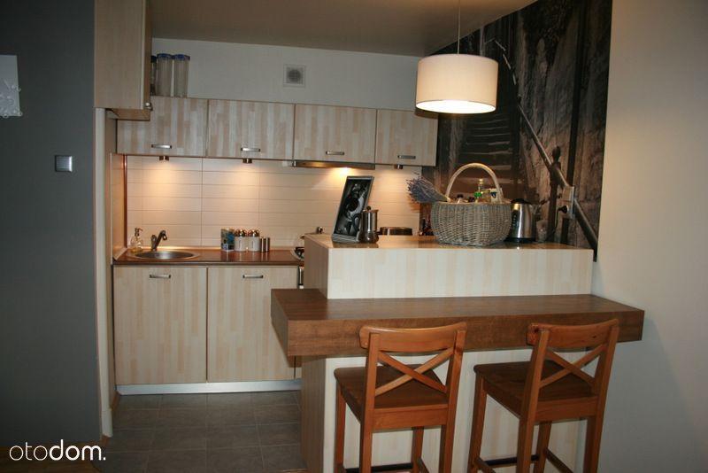 2 pokoje z kuchnią i piwnicą. Od właściciela