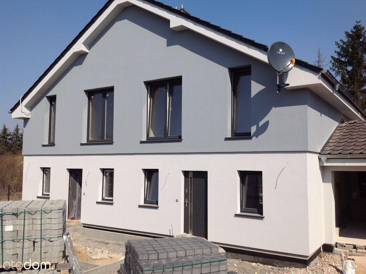 Dom w Lusowie