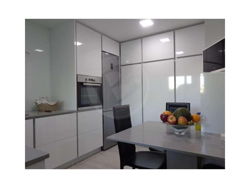 Apartamento para comprar, Rua Doutor Américo Silva, Azurara - Foto 6