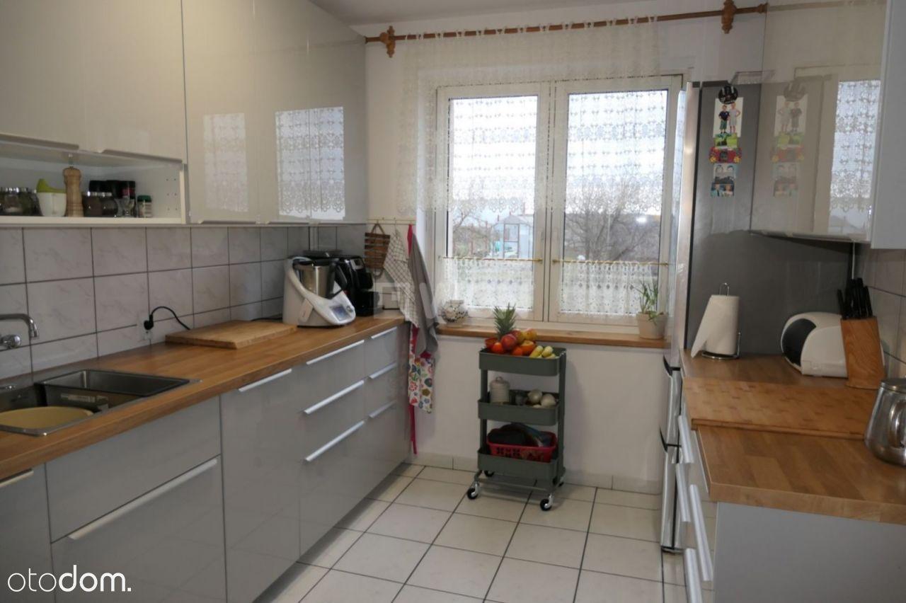 Dom, 140 m², Sztum