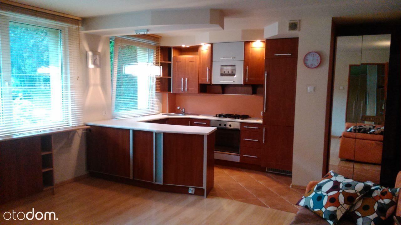 Gotowe mieszkanie z jasną kuchnią w centrum !