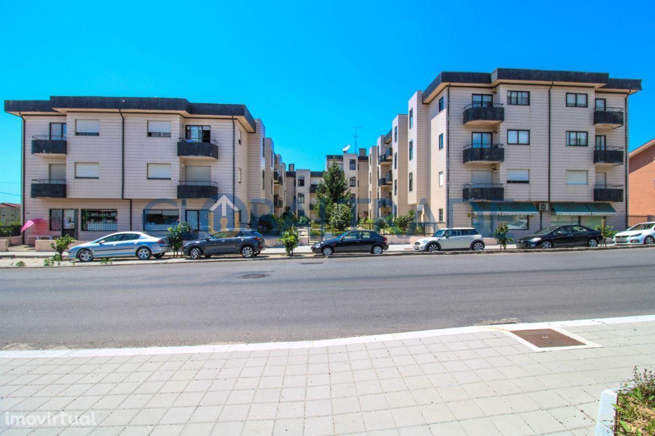 Apartamento T1 condominio fechado em Baguim Monte
