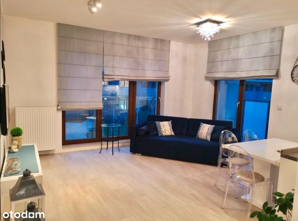 Słoneczny apartament z garderobą na Wilanowie