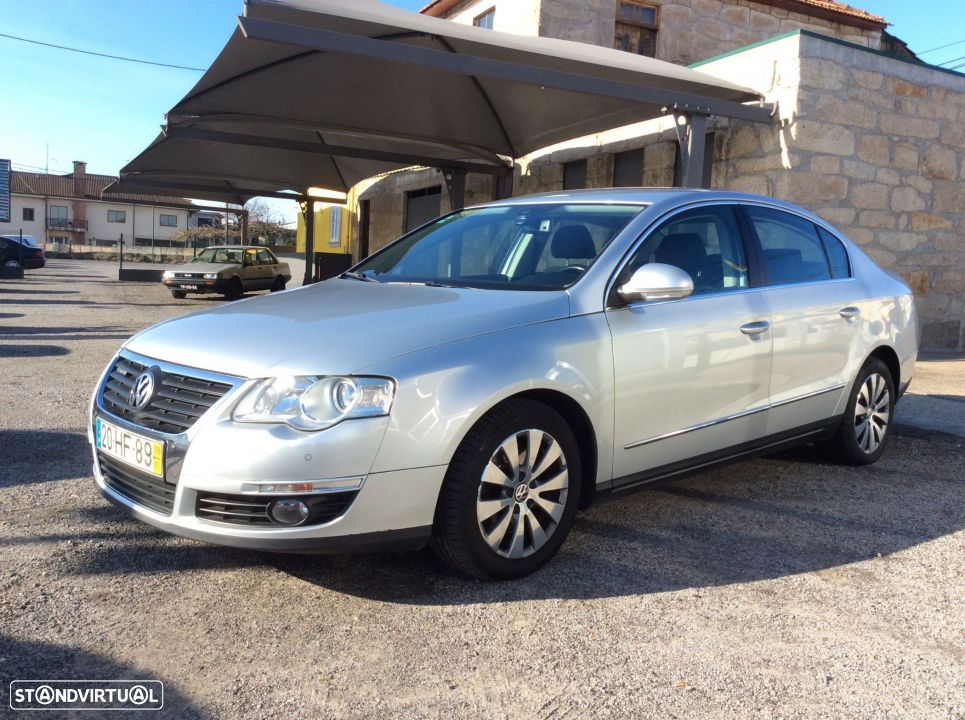 VW Passat 2.0 TDI 110 CV. Confortline BlueMotion - 1