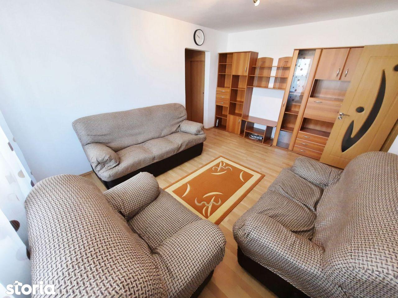 0% comision, Apartament 3 camere, mobilat si utilat, loc de parcare