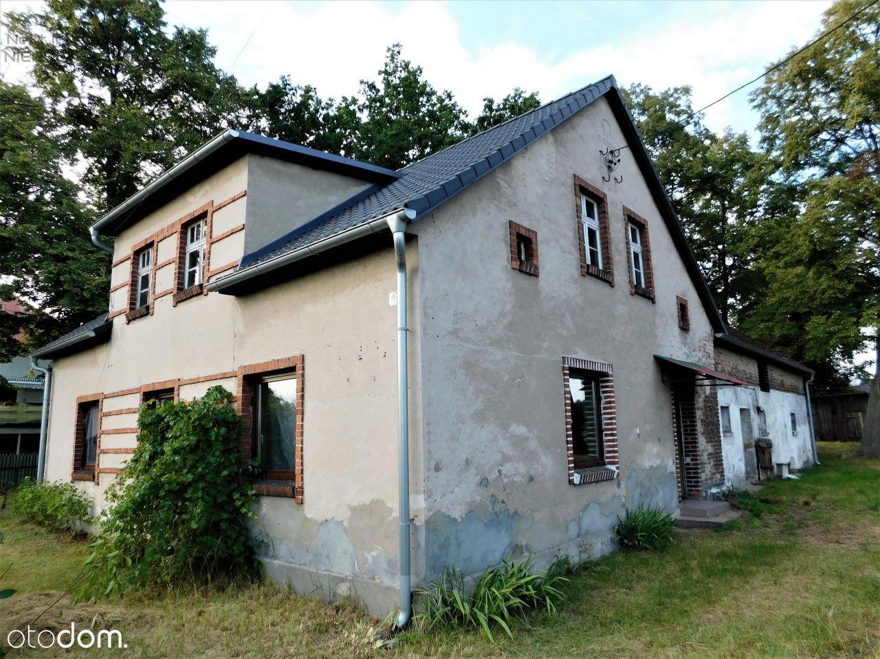 Dom wraz zabudową gospodarczą, spokojna okolica
