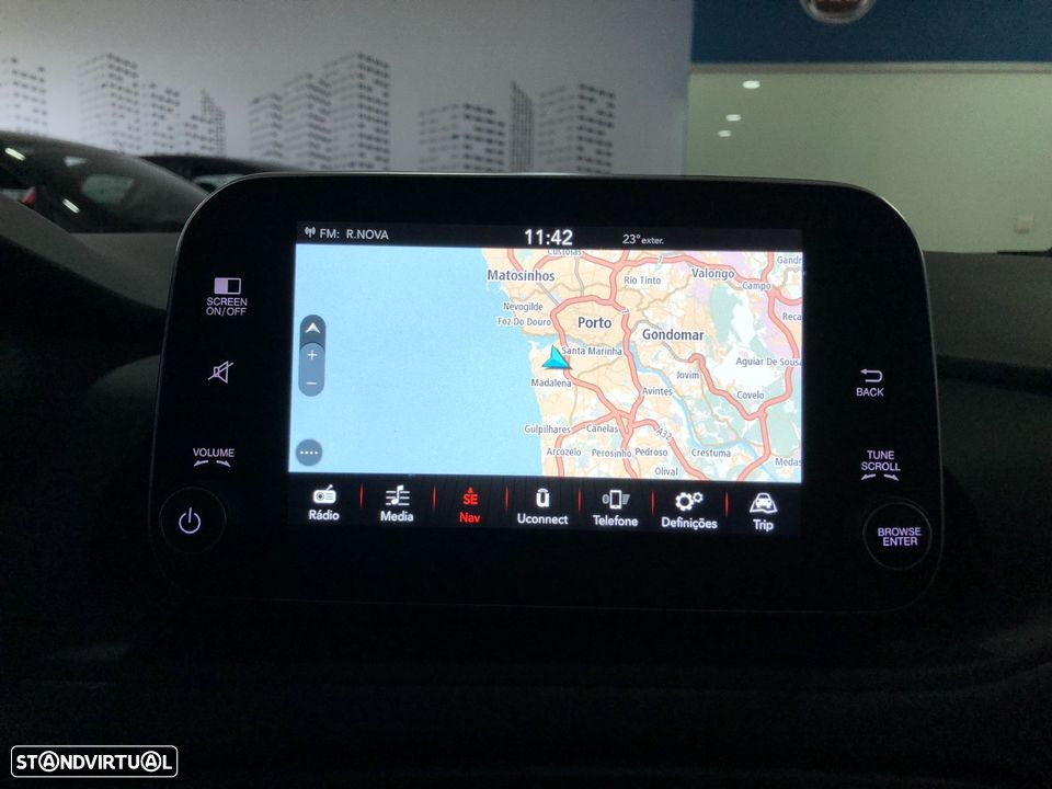 Fiat Tipo Station Wagon 1.3 MJ LOUNGE XENON LED GPS NACIONAL - 2