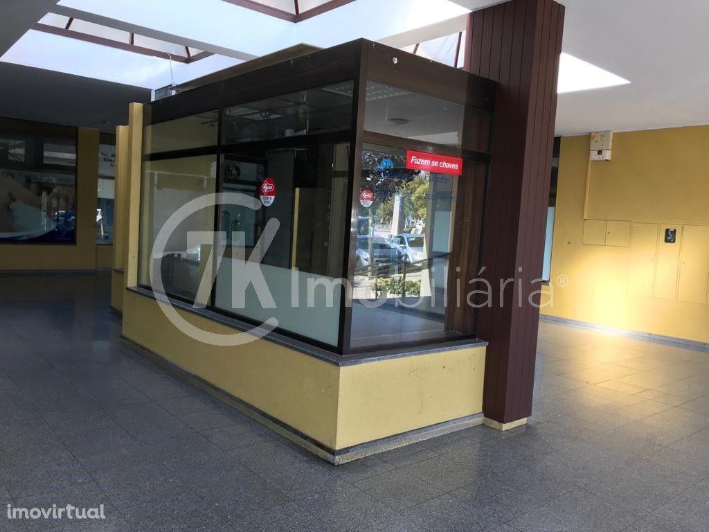Loja, Centro da cidade, Marco de Canaveses