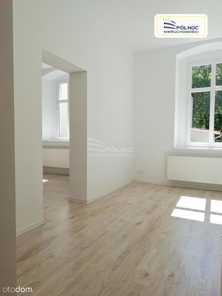 Lokal użytkowy, 54 m², Bolesławiec