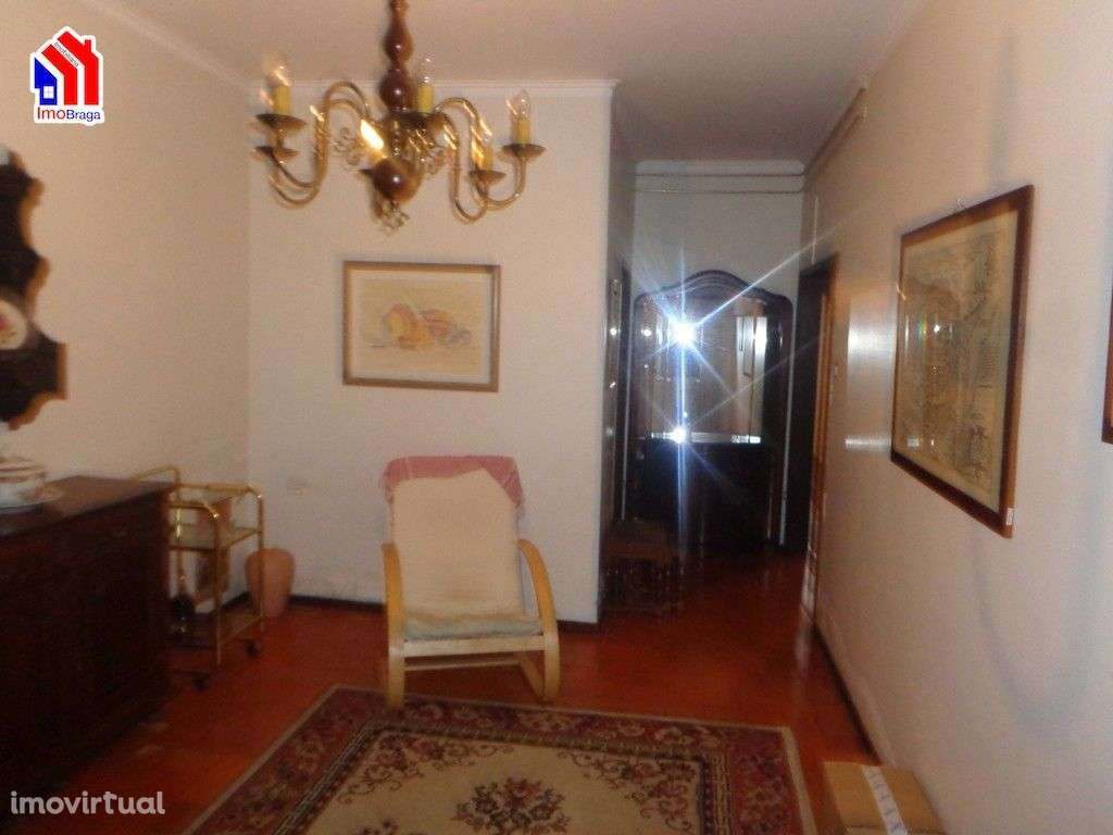 Moradia para comprar, Arentim e Cunha, Braga - Foto 5