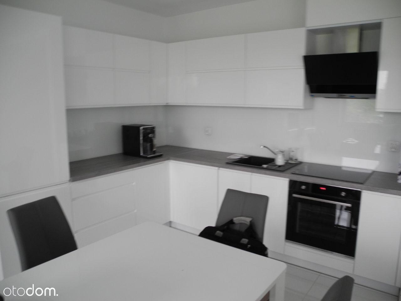 Komfortowy, nowy dom na wynajem dla firmy