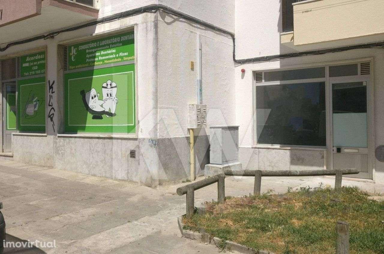 Loja para arrendar, Rio de Couros e Casal dos Bernardos, Santarém - Foto 3