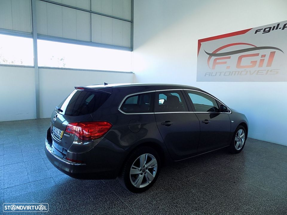 Opel Astra Sports Tourer 1.3 CDTI ENJOY (5P) - 6