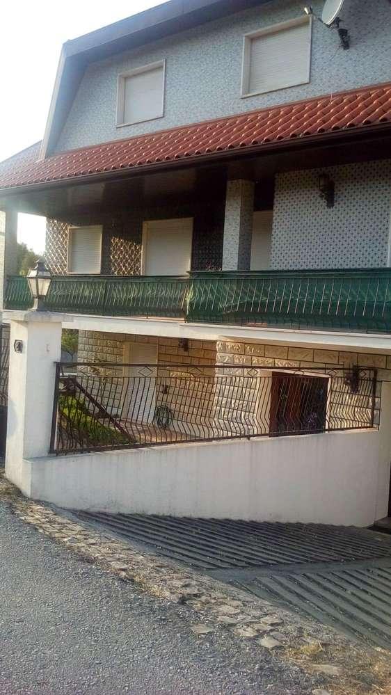 Moradia para arrendar, Santiago e São Simão de Litém e Albergaria dos Doze, Leiria - Foto 1