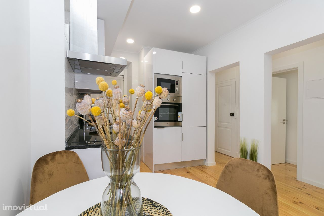 Apartamento T2 - Arroios - Totalmente Remodelado