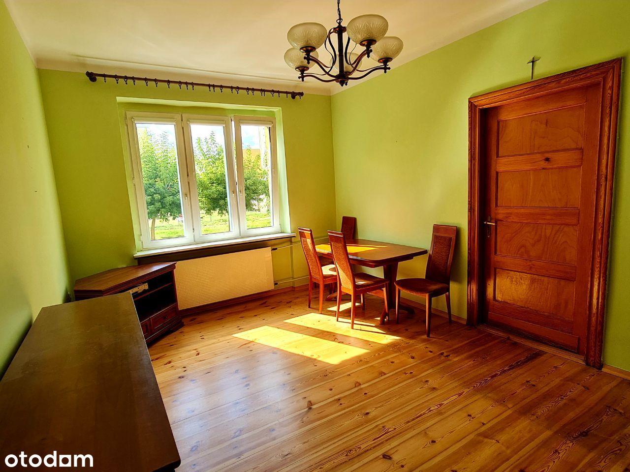 Duże i słoneczne mieszkanie w spokojnej okolicy