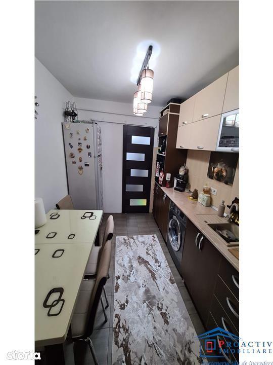 Burdujeni apartament 2 camere cu centrala (2C-5621)