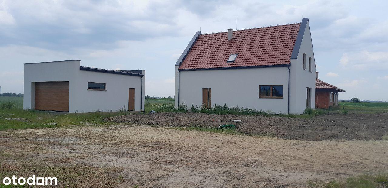 Dom wolnostojący 157m2 + garaż 43m2, działka1170m