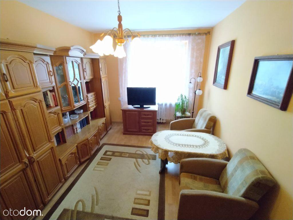 2 pokoje na 1 piętrze w Centrum miasta