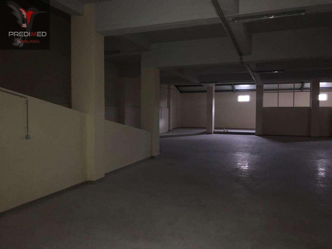 Armazém para arrendar, Rua Alto de São Lourenço - Bairro Alto de São Lourenço, Santa Iria de Azoia, São João da Talha e Bobadela - Foto 9