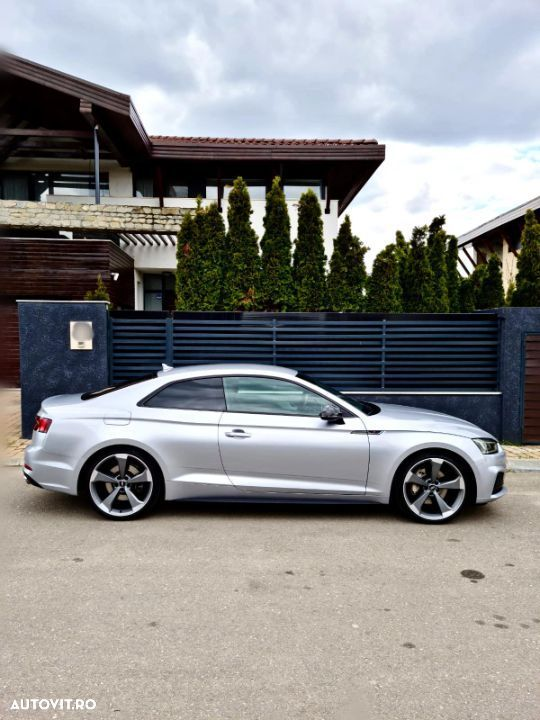 Audi A5 Coupe - 9