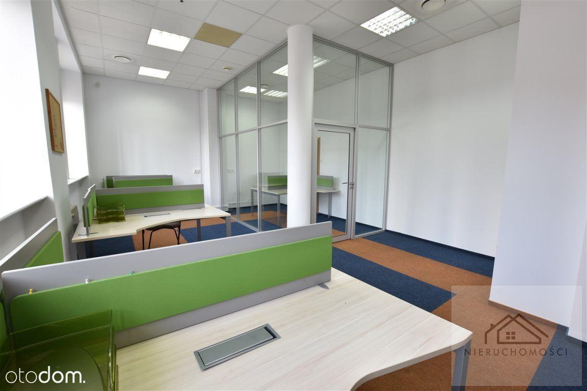 Lokal użytkowy, 125 m², Katowice