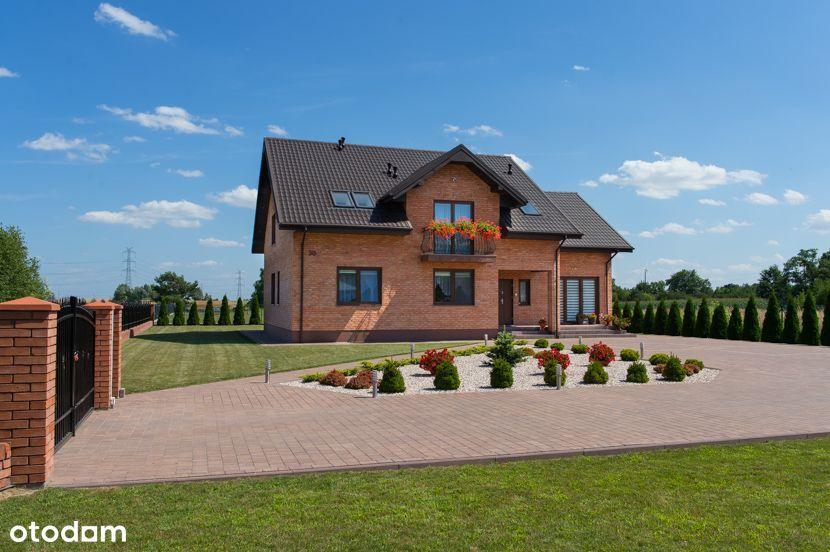 Ładny, nowy dom okolice Rusiec