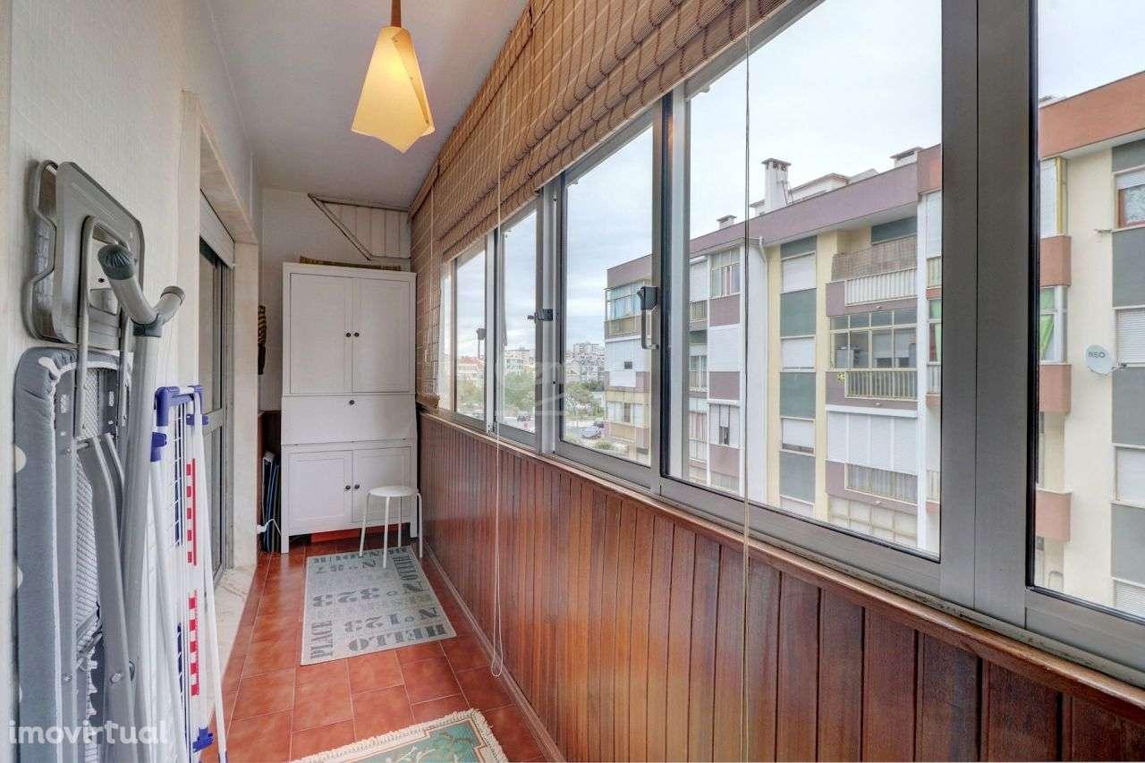 Apartamento para comprar, Águas Livres, Lisboa - Foto 20