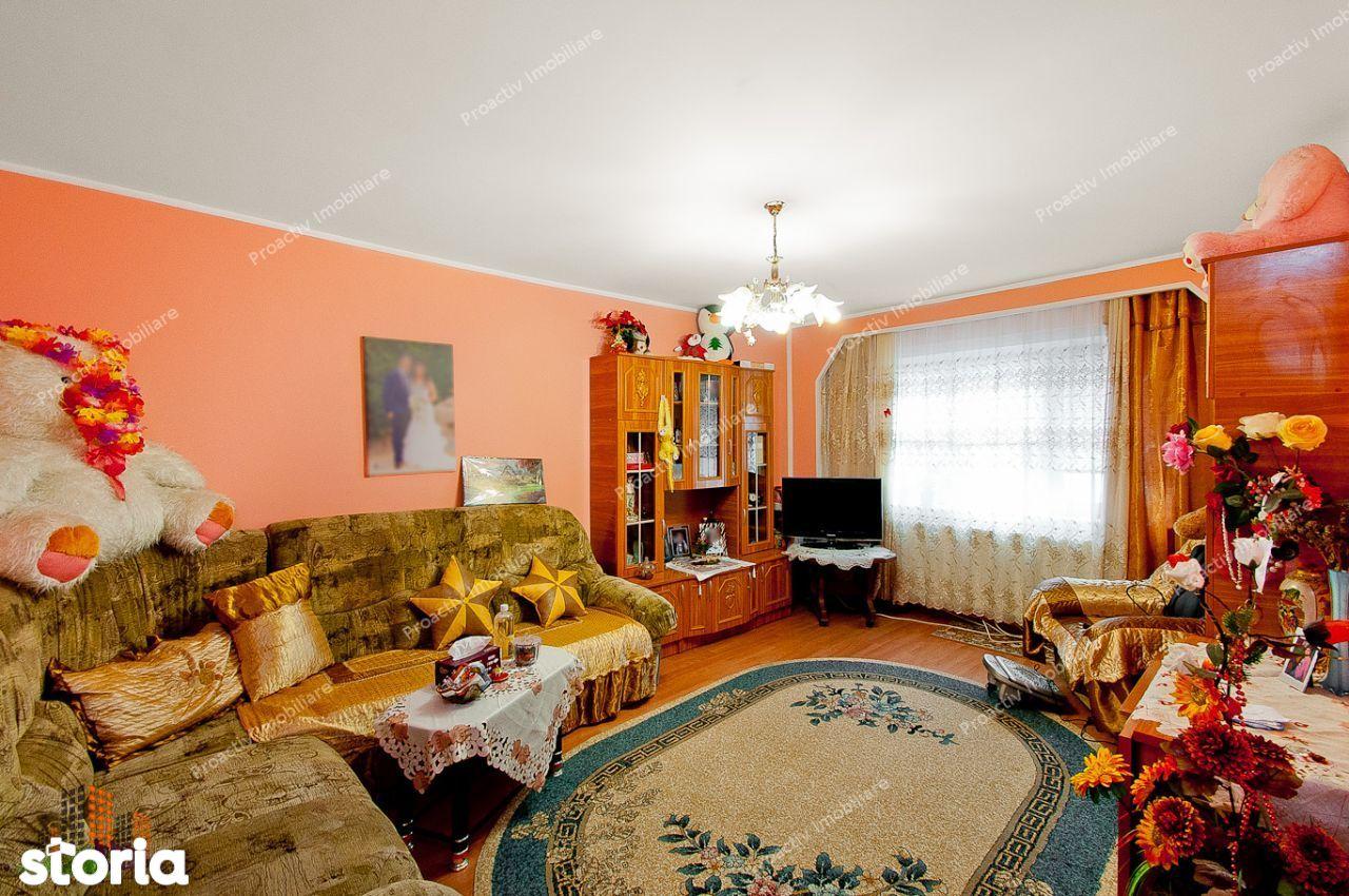 Apartament 3 camere Siderurgistilor, centrala termica
