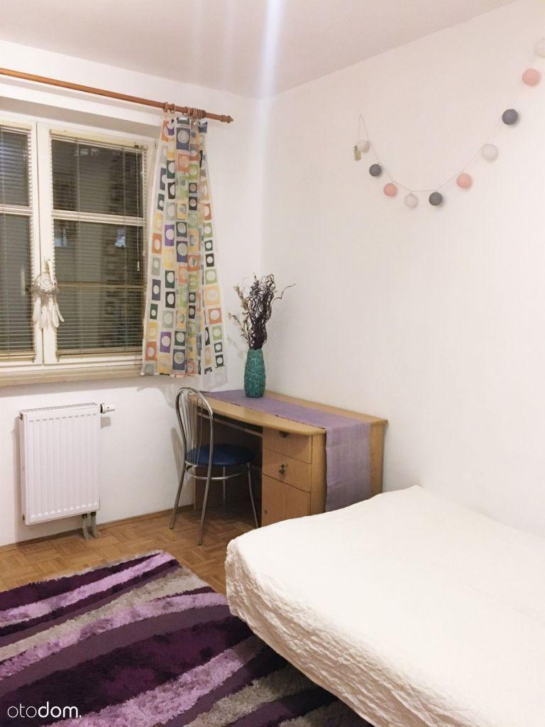 Przestronne 2 pokoje z oddzielną kuchnią