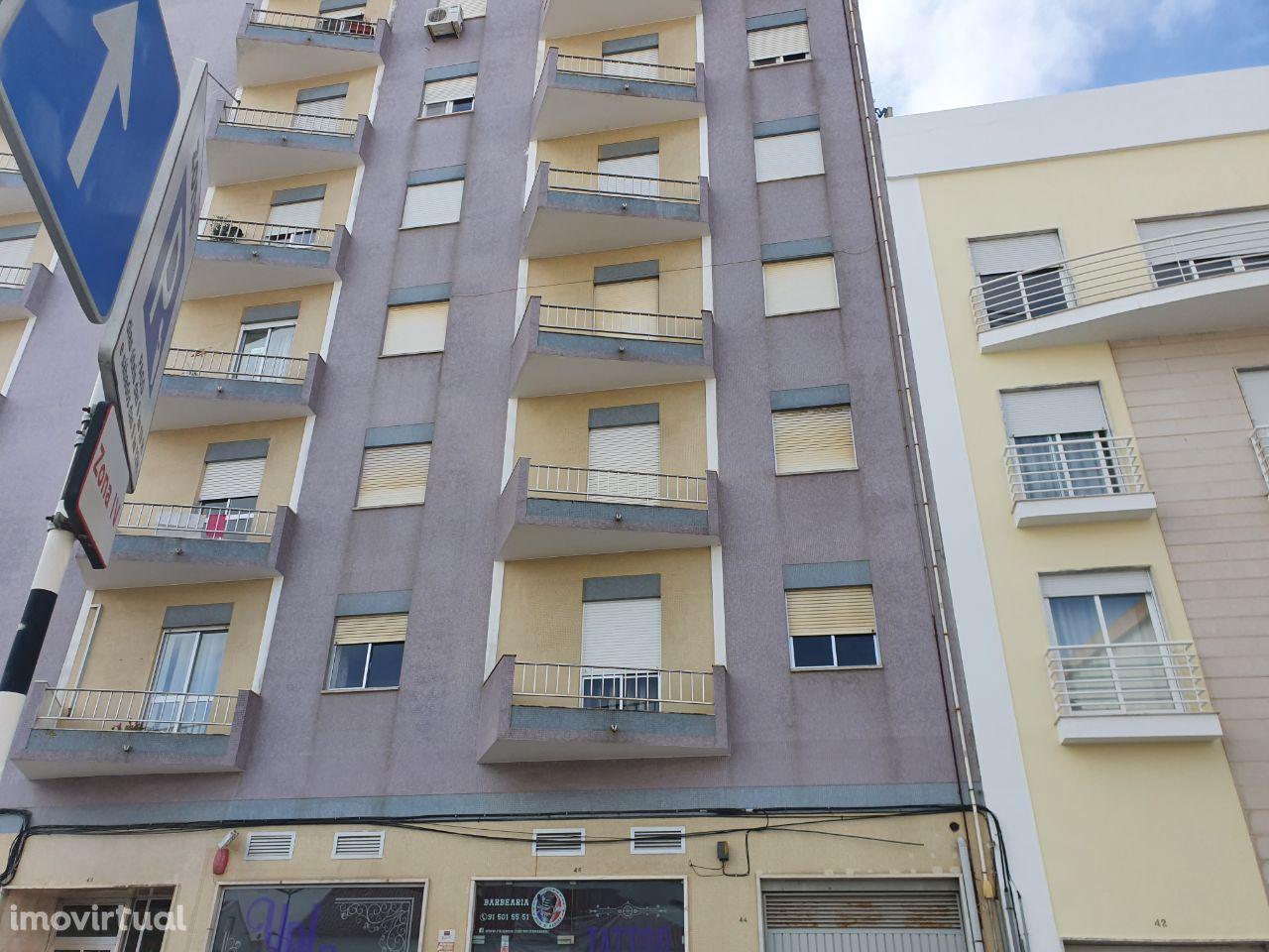 Apartamento T4 - Montijo Centro