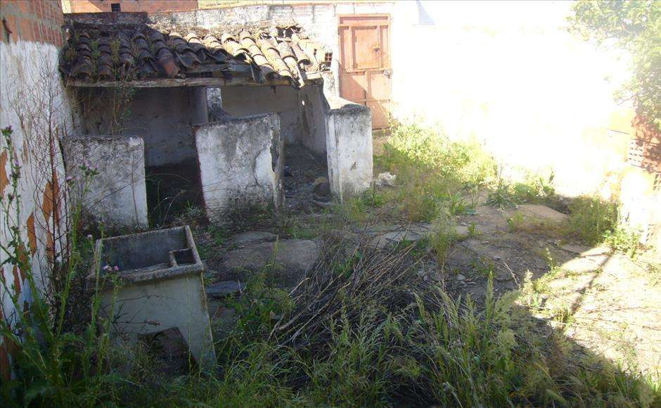 Moradia para comprar, Moura (Santo Agostinho e São João Baptista) e Santo Amador, Beja - Foto 1